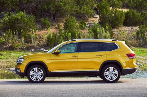 volkswagen atlas 2018 2018 volkswagen atlas reviews and rating motor trend