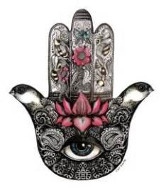 Flowers In Chula Vista - hamsa tattoo meaning 11