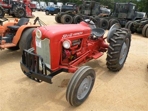 Ford 601 Workmaster by Ford 601 Workmaster 2 Wd Farm Tractor