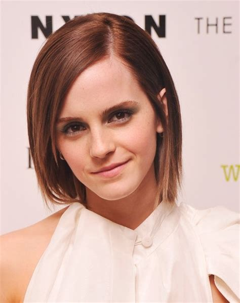 does short straight and slightly layered hair look good emma watson cute short straight hair style 2015