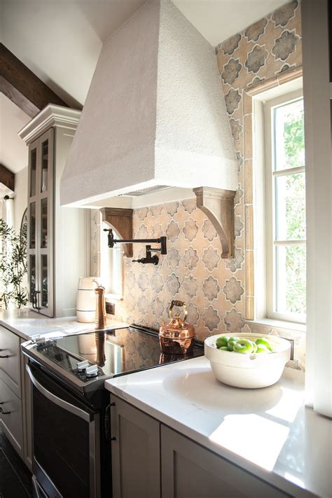 Remodelaholic   Get This Look: Fixer Upper Hot Sauce House