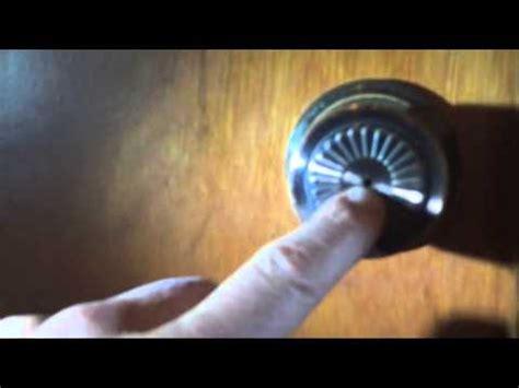 Bathroom Door Locked From Inside - how to open a locked bathroom door open a door locked