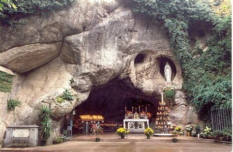 web grotta di lourdes grotta di lourdes chio vi turismo religioso