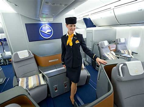 lufthansa http www lufthansa br pt homepage pilotos aeromo 199 as comiss 193 rias de bordo
