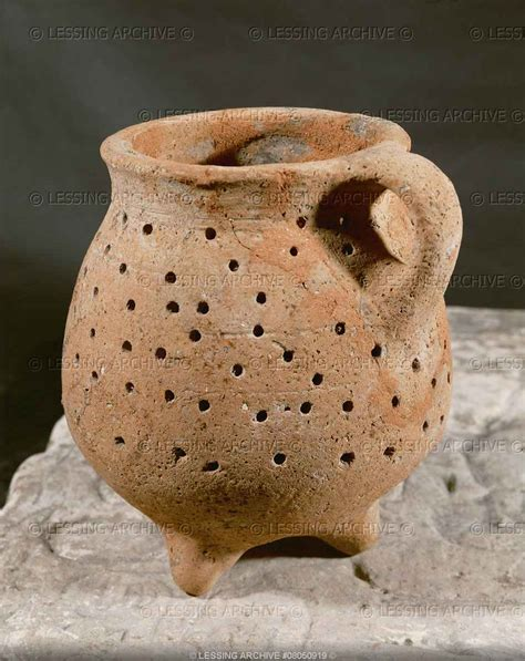 vaso romano antico un vaso romano misterioso il fatto storico