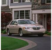 2011 LINCOLN TOWN CAR  Image 10