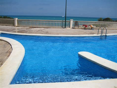 peniscola apartamentos alquiler en primera linea de playa avenida papa luna wifi parking