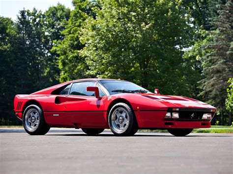 Ferrari 288 GTO on Road   Car Pictures, Images