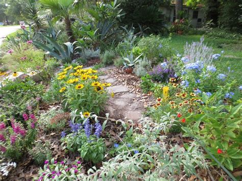 Southern Flower Gardens 163 Best Images About Oldfield Front Yard Ideas On