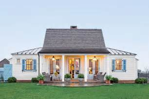 small living homes the genteel cottage the art of living small southern