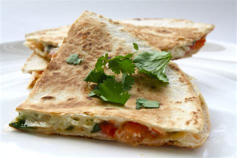 vegetables quesadilla seasaltwithfood chicken and vegetable quesadillas