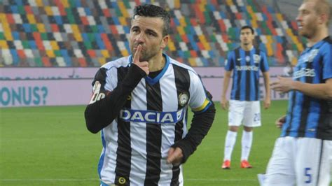 Kaos Udinese Udinese Years 2 antonio di natale to leave udinese after 12 years with