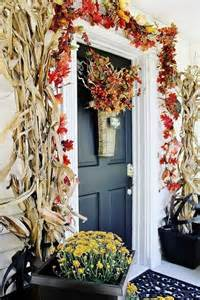 How To Decorate Your Home For Fall Beautiful Fall Decorations Made With Dried Corn And Corn