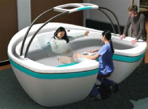 Give Birth To Your Baby In A Tub