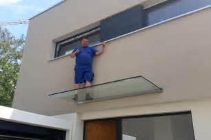 haus vordach vordach aus glas vord 228 cher aus glas und edelstahl f 252 r