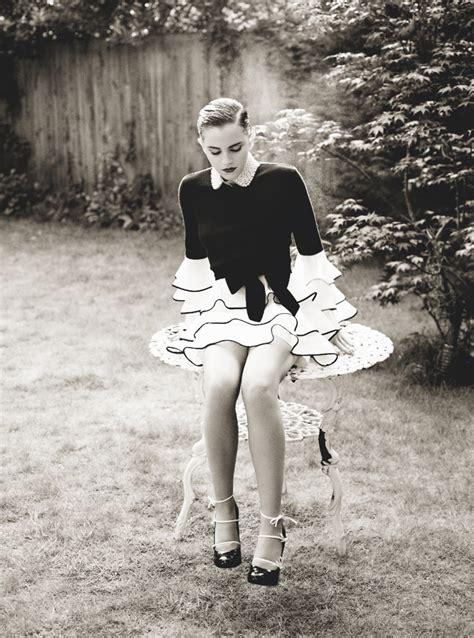 emma watson upskirt i m slightly sad about this how fashionista emma watson