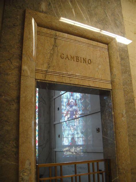 carlo gambino house carlo gambino house 28 images site map trutv 1971 carlo gambino at his funeral