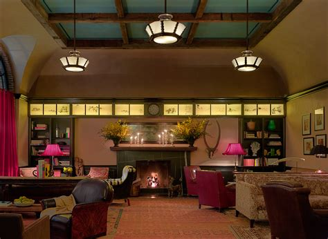 the drawing room nyc new york city hotels locanda verde drawing room courtyard the greenwich hotel