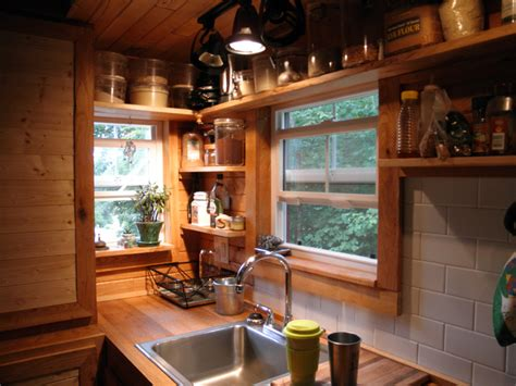 tiny house for family of 4 1000 images about tiny house kitchen ideas on pinterest