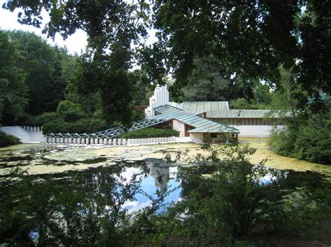 frank lloyd wright alden b dow and 13 other famous house of the day alden b dow home and studio by alden