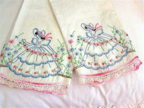 Embroidered Pillow Cases by Embroidered Pillowcases Embroidery Patterns