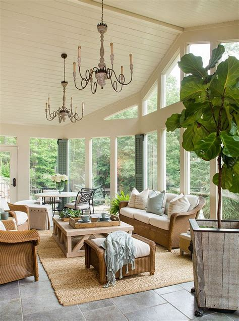 Windows Sunroom Decor Best 25 Sunroom Ideas Ideas On Sun Room Sunrooms And Sunroom Decorating