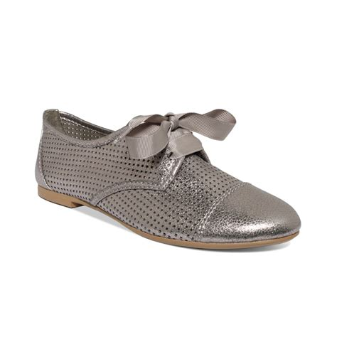 report shoes report josefina perforated oxford flats in metallic lyst