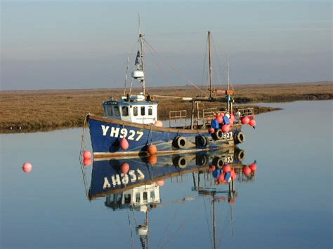 find a fishing boat uk and ireland fishing boat in wells harbour 169 dai darkin geograph
