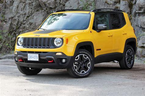big jeep cars big guy small car test drive 2016 jeep renegade