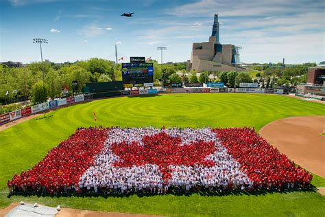 Find Winnipeg Canada Day Living Flag Downtown Winnipeg Bizdowntown Winnipeg Biz