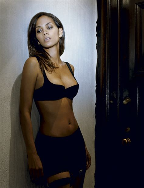 Halle Berry And Damn In Esquire Egotastic by Halle Berry Images Esquire Magazine Hd Wallpaper And