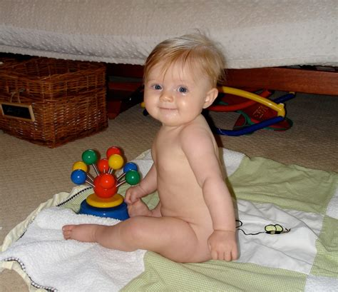 the of the baby sat independent sitting when is it normal appropriate and