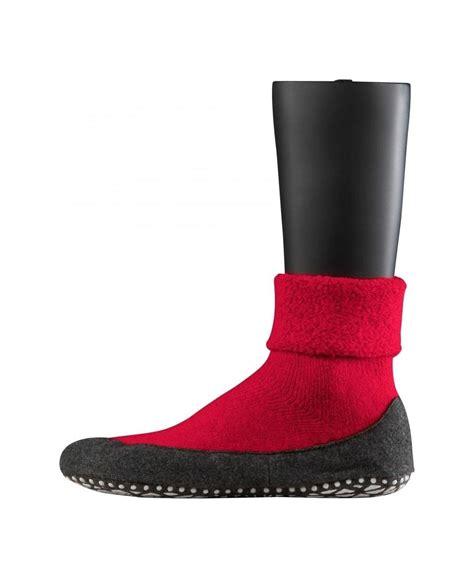 non slip socks falke cosyshoe unisex midcalf socks with non slip sole