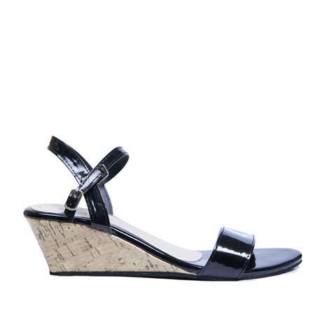 Terbaru Sandal Wedges Lovera Black sandal wanita wedges san wg015 black sandal wedges