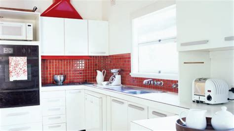 your kitchen homelife how to rev your kitchen cupboards