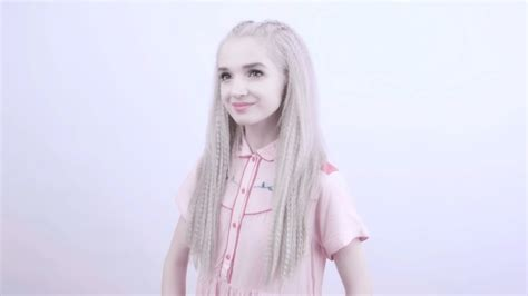 poppy explained why are people obsessed with poppy what s trending