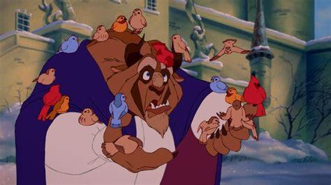 film disney la bella e la bestia la bestia in una tenera scena del film d animazione la