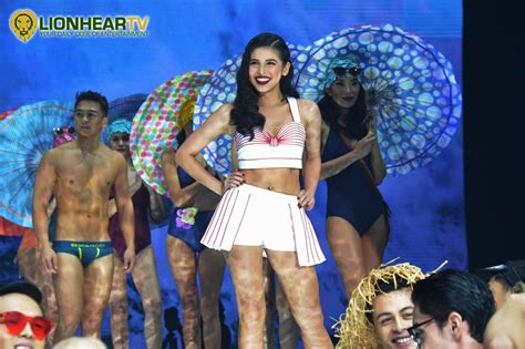 show bench maine mendoza is happy to meet abs cbn stars during the bench fashion show lionheartv
