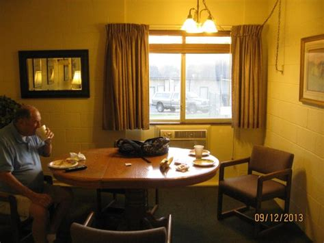 cheap motel rooms room picture of cheap sleep motel whitefish tripadvisor