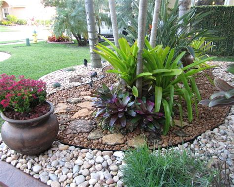 River Rock Landscaping Ideas Front Yard Landscape Ideas With Rocks