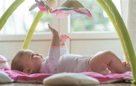 decorar cuarto de bebe manualidades 6 manualidades infantiles para decorar la habitaci 243 n del beb 233