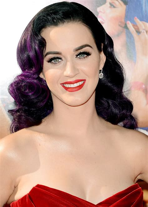 katy perry katy perry favorite things color food movie sports hobbies