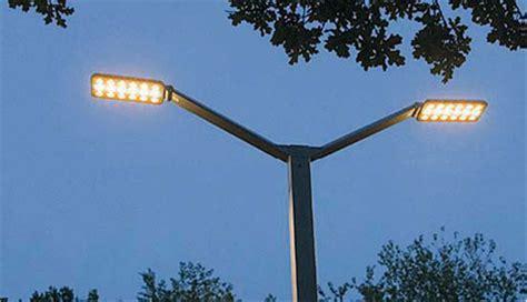 illuminazione cagliari al led in citt 224 lioni a risparmio energetico da