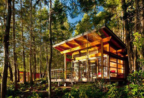 red cedar cabin paradise   gulf islands idesignarch