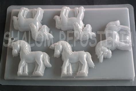 moldes de yeso para gelatinas molde mediano gelatina unicornios m1 jabon yeso