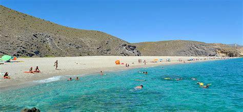 nudismo abuelos fotos la playa de los muertos belleza secreta en almer 237 a