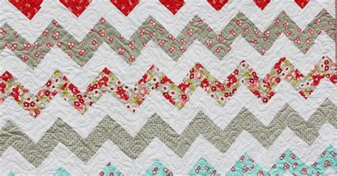 zig zag quilt pattern using triangles great zig zag quilt being brook using no half square