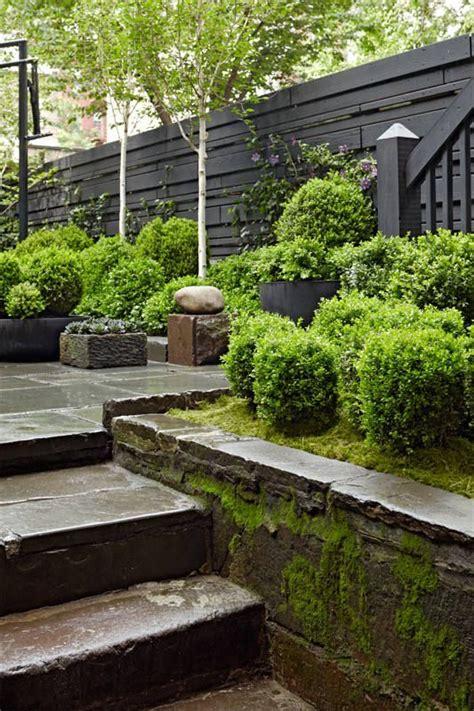Flatbush Patio Llc by Best 25 Townhouse Garden Ideas On Townhouse