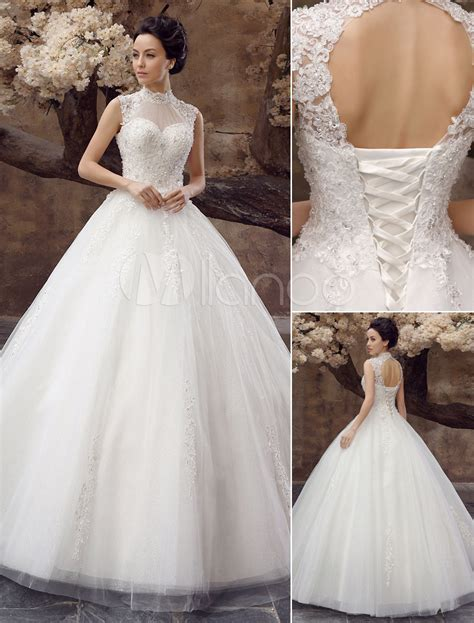 imagenes de vestidos de novia con pedreria vestido de novia de tul con escote alto y pedrer 237 a
