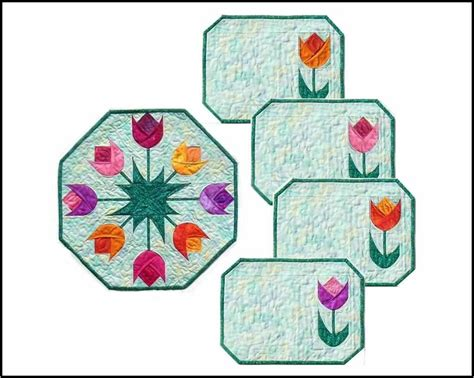 free printable quilted placemat patterns spring tulips table topper and placemats quilting digest
